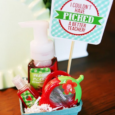 Berry Basket Gift Idea + FREE Download