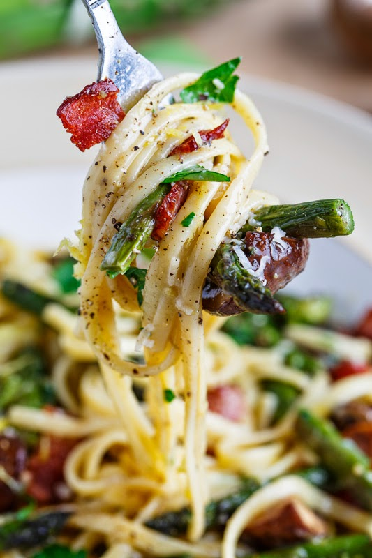 Roasted Asparagus and Mushroom Carbonara