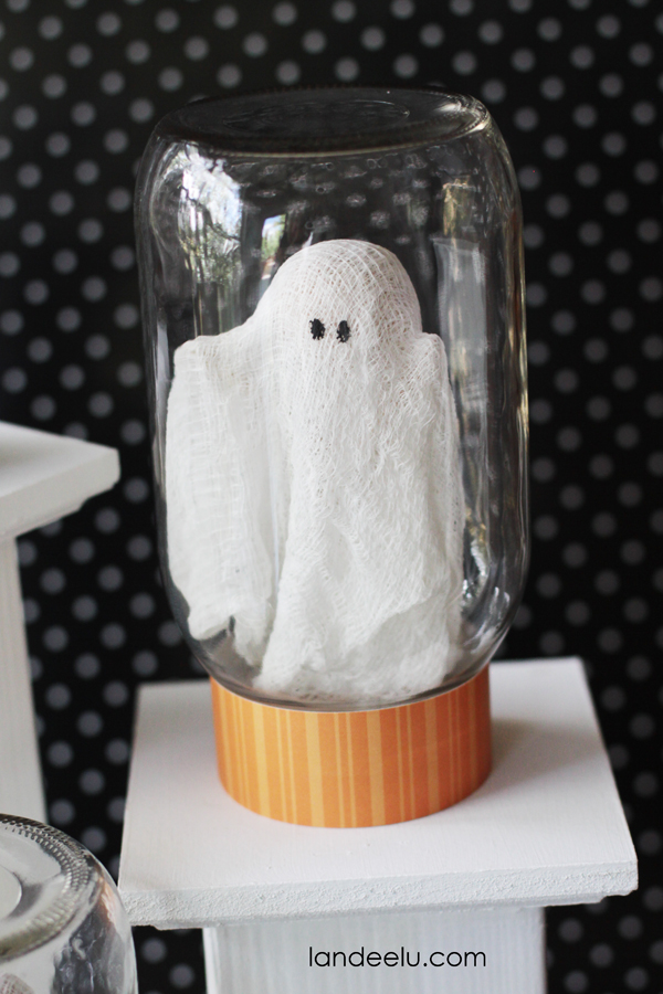 Adorable Ghost In A Jar Craft