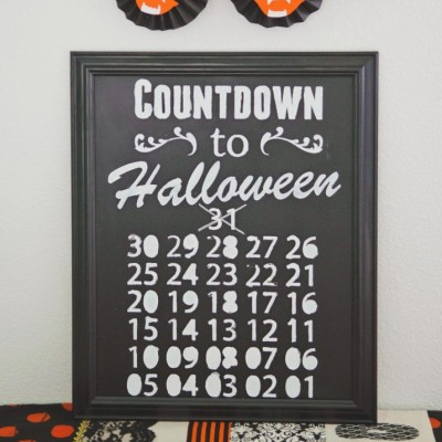 Chalkboard Countdown To Halloween