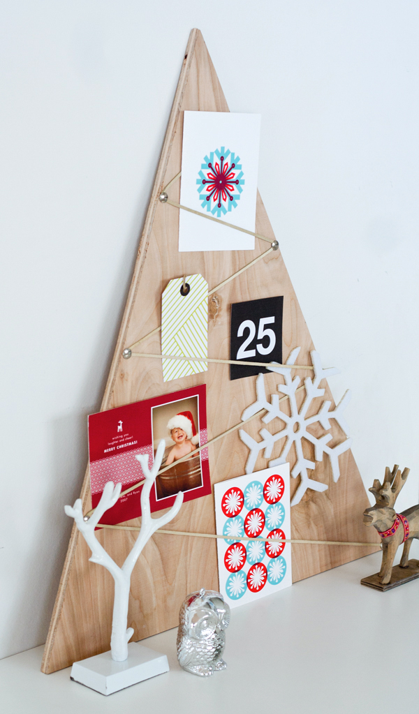 15 Fun Ways To Display Christmas Cards - Eighteen25