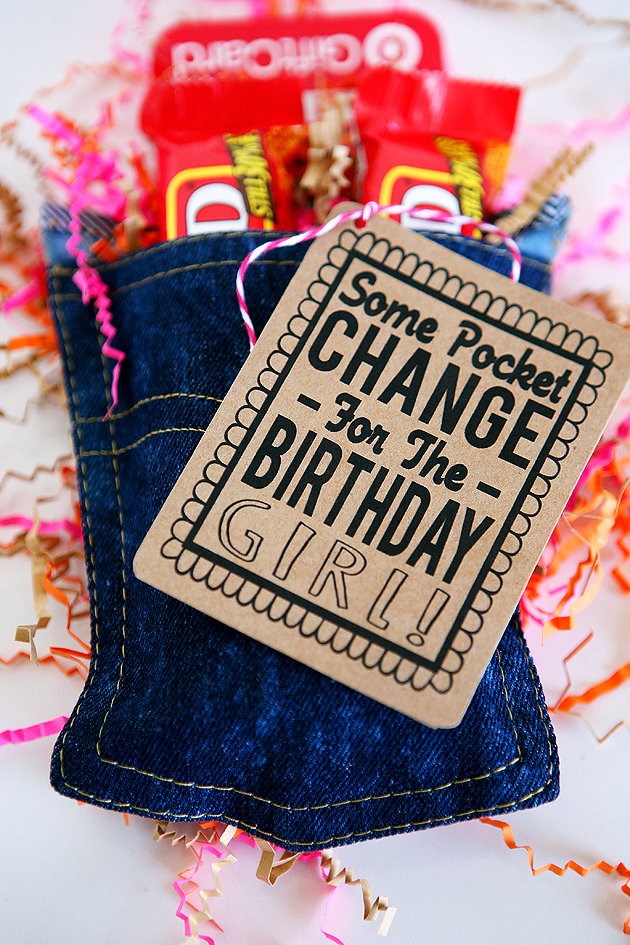 Creative Birthday Gifts | Some pocket change... 100 grand bars and a gift card. Perfect gift for me!