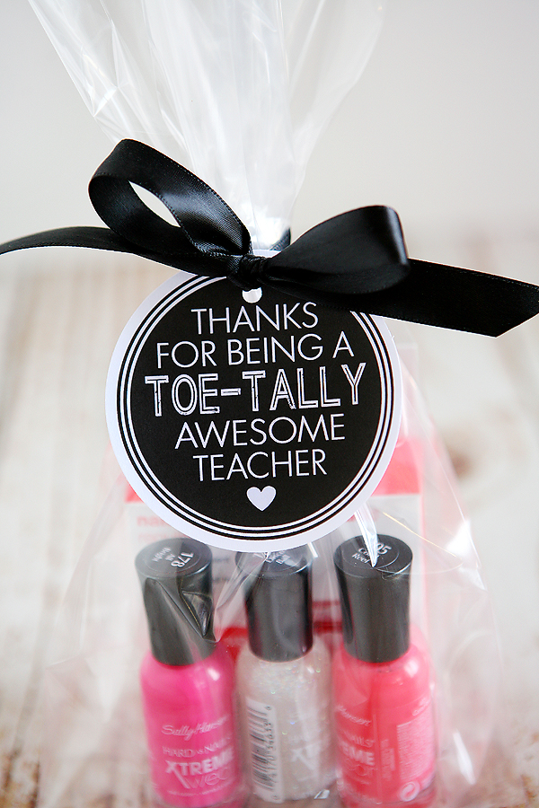 Teacher Appreciation Gifts | Thanks for being a toe-tally awesome teacher!