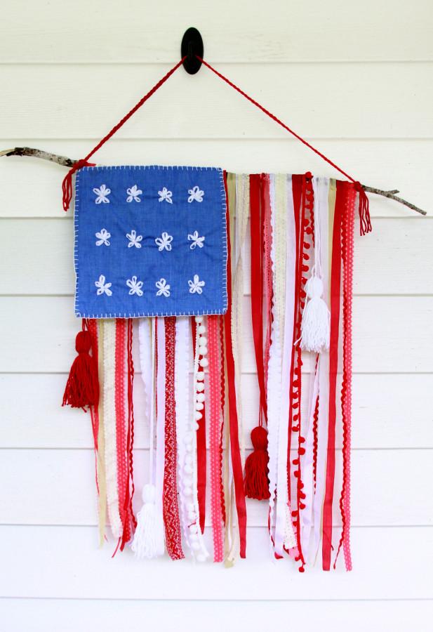 4th Trim-and-Ribbon-Flag-617x900
