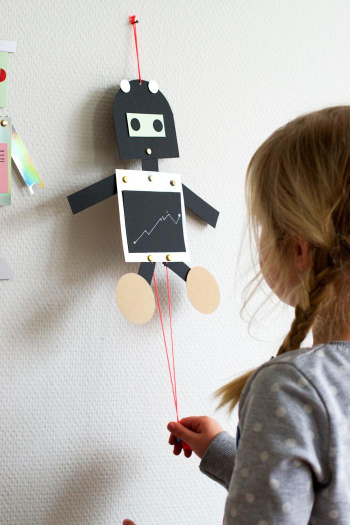 DIY Robot Puppets