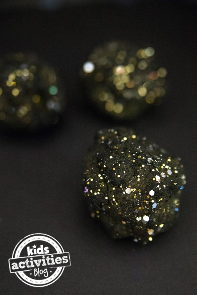 pd DIY-Moon-Rocks-3-copy