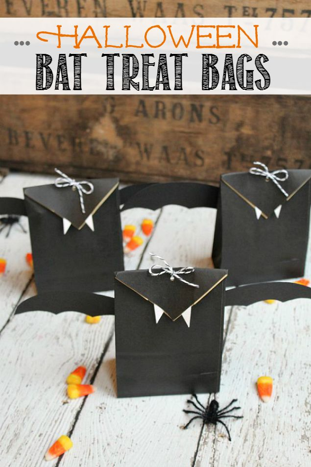Halloween-Bat-Treat-Bags-Eighteen25-Title1