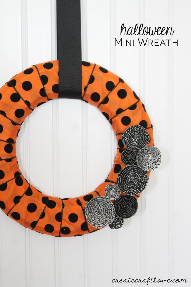 halloween-mini-wreath-beauty