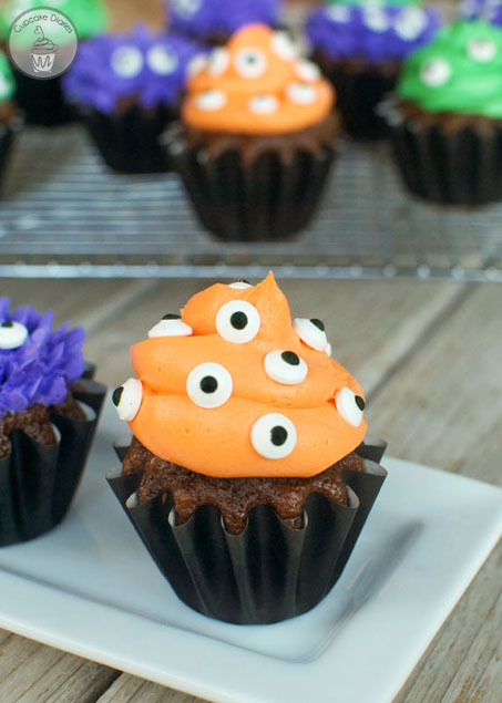 Monster Cupcakes. Cant wait to make these for Halloween.