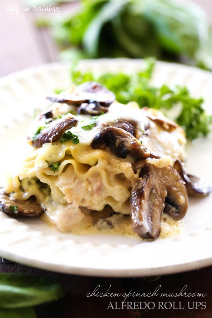 Chicken-Spinach-Mushroom-Alfredo-Roll-Ups-1