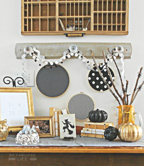 black-and-white-halloween-decorations