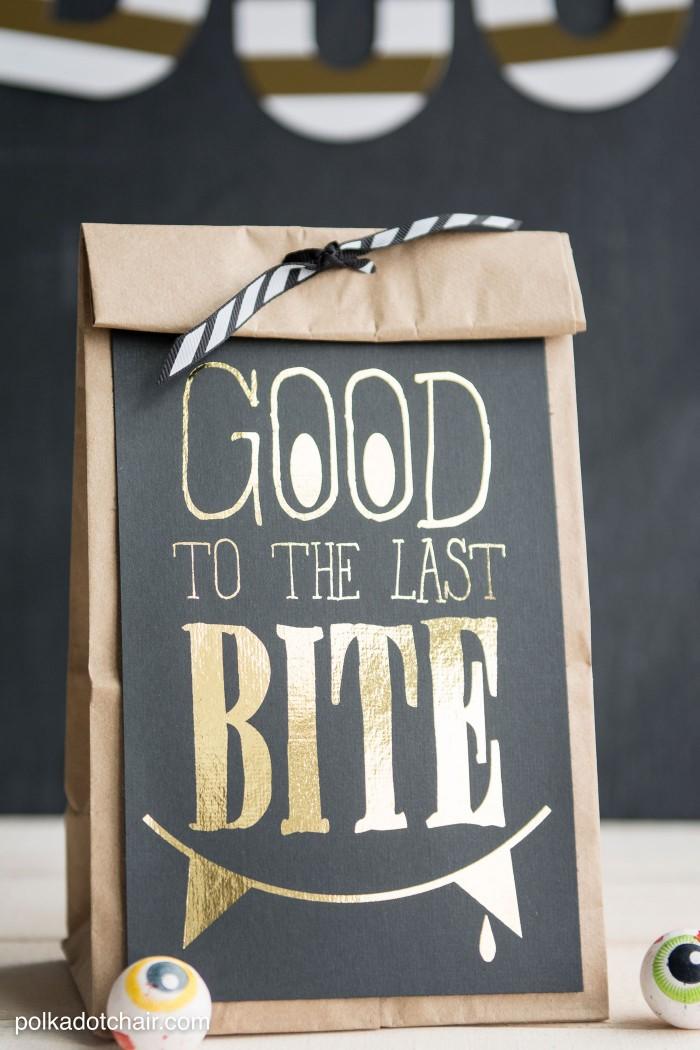 hp ideas-diy-cute-halloween-treat-bags-700x1050