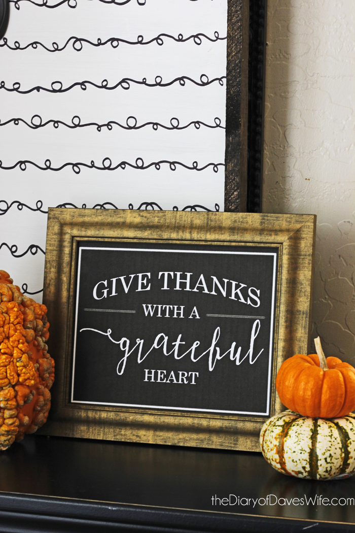 Give Thanks With A Grateful Heart | Free Printable Thanksgiving Decorations