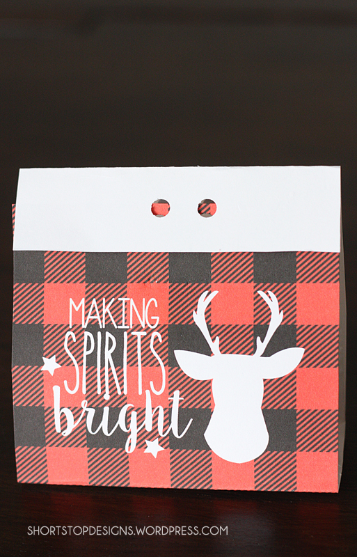 Buffalo Check Treat Bags For Christmas. Free printable Christmas bags. Love them!!