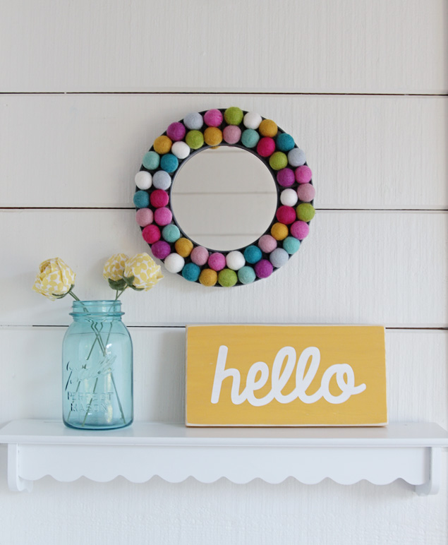 DIY Felt Ball Mirror | Cute Home Decor