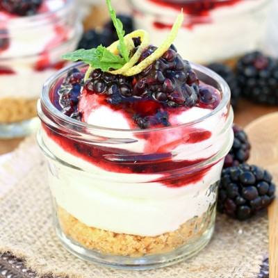 Mini No-Bake Blackberry Lemon Cheesecakes