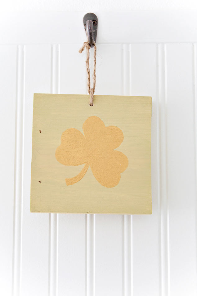 Easy DIY St. Patrick's Day Decorations