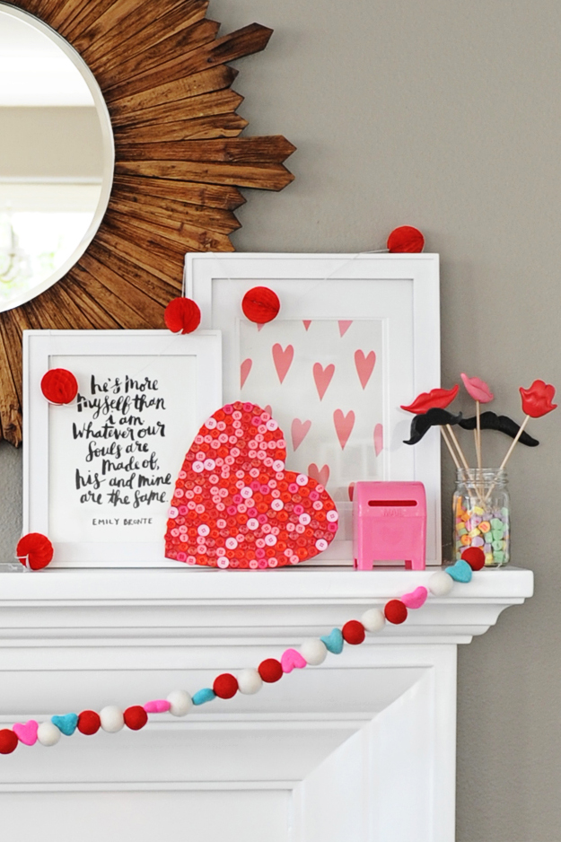 Valentine's Day Button Heart | Valentine's Day Craft Ideas