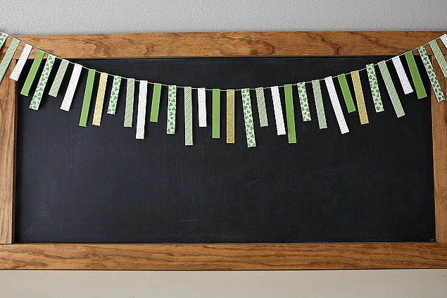 St. Patrick's Day Paper Strip Garland | St. Patrick's Day Craft Ideas