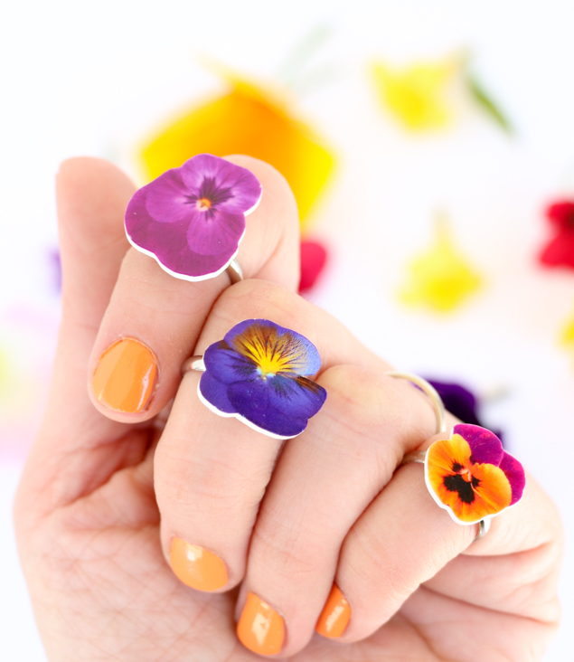 DIY Shrinky Dinks Flower Rings