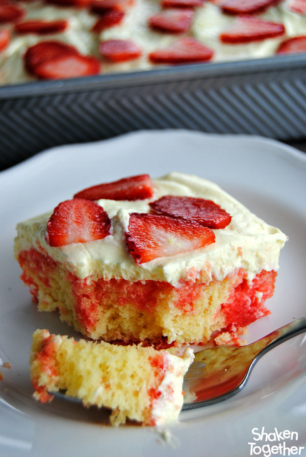 Jello and Pudding Poke Cake Recipes