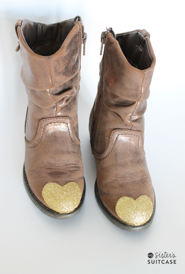DIY Glitter Toe Boots Makeover