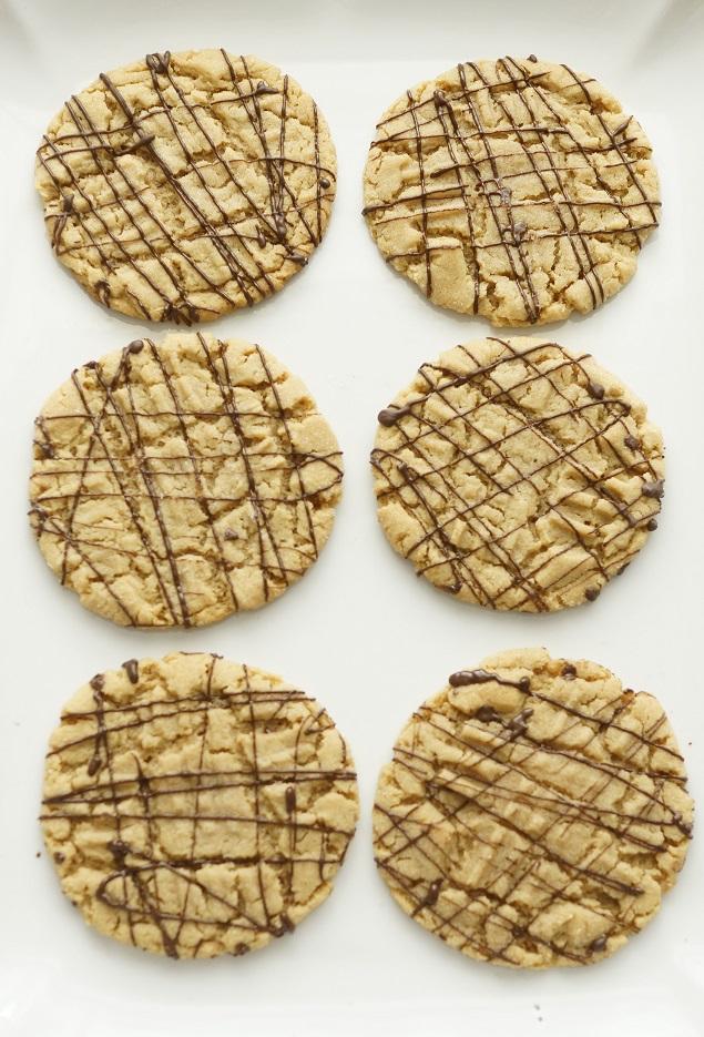 Easy Peanut Butter Cookies | My favorite cookies that look great and taste great!!