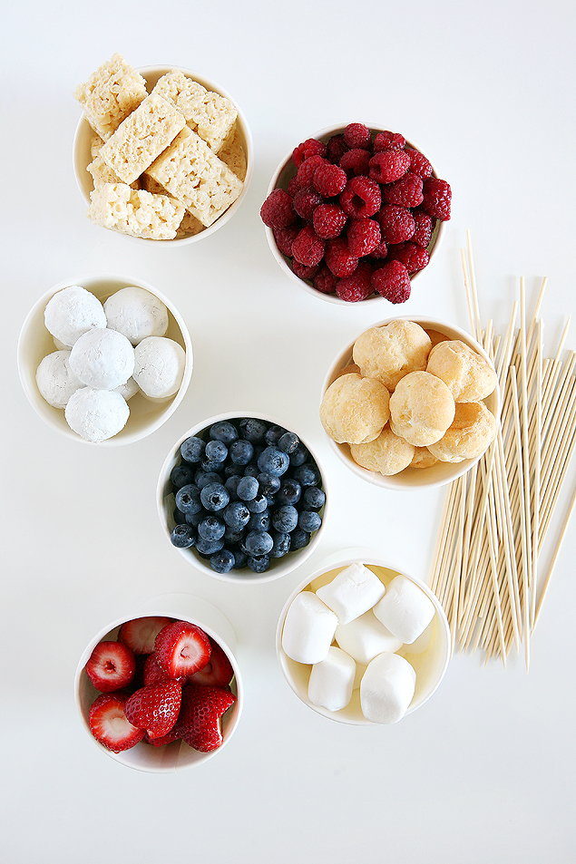4th of July Dessert Kabobs | The perfect Red, White and Blue Treat.