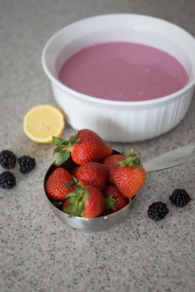 Strawberry Blackberry Frozen Yogurt Recipe   Berries, greek yogurt, a little honey and lemon juice is all it takes to make this delicious treat.