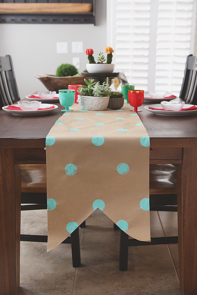 Beau Kraft Paper Table Runner