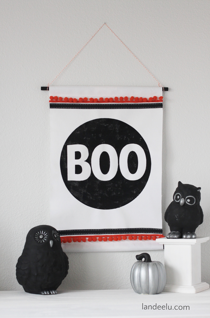 BOO Wall Hanging | Halloween Decorations