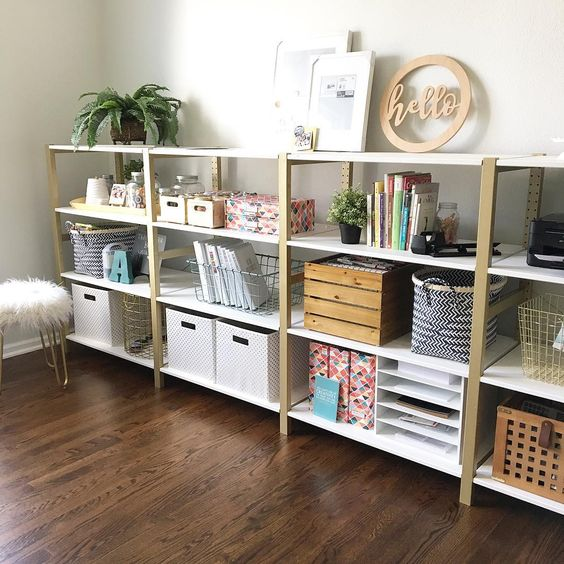 Pretty Ikea shelves makeover