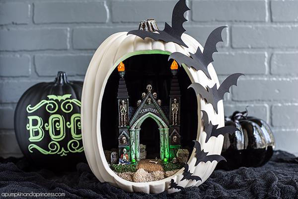 Bat Pumpkin Diorama
