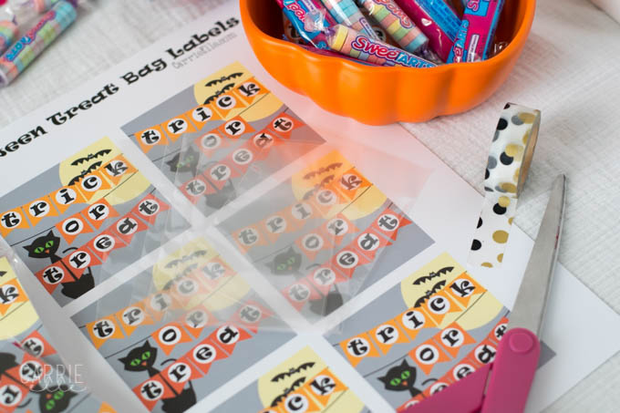 Printable Halloween Treat Bag Labels | Free Halloween Printables