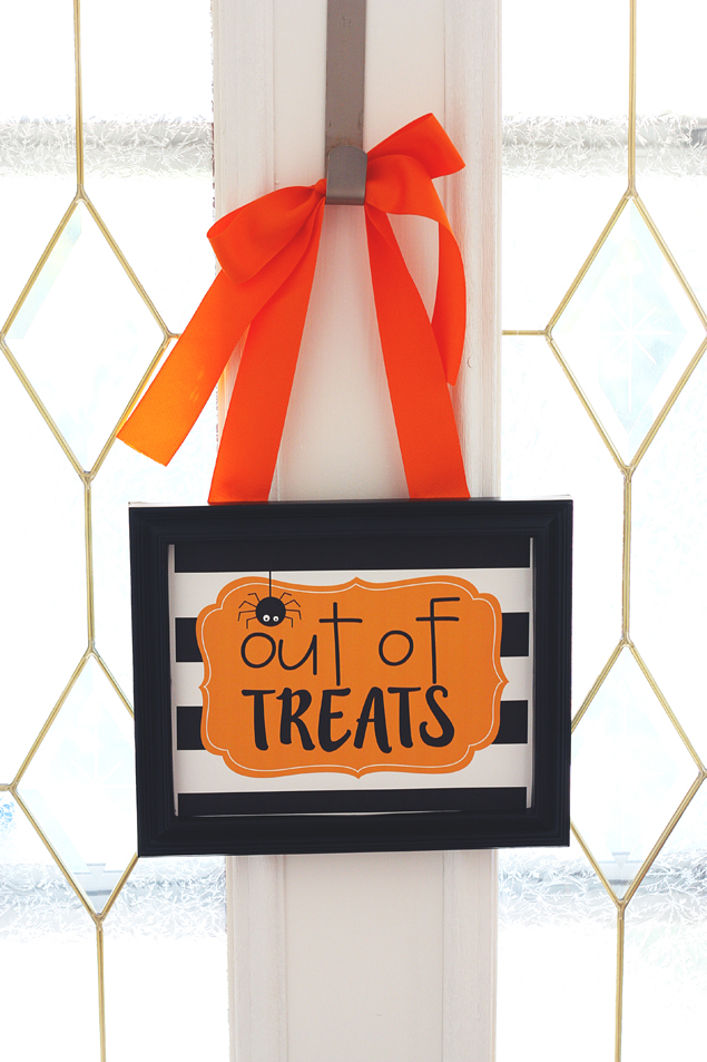 Out Of Treats Print | Free Halloween Printables