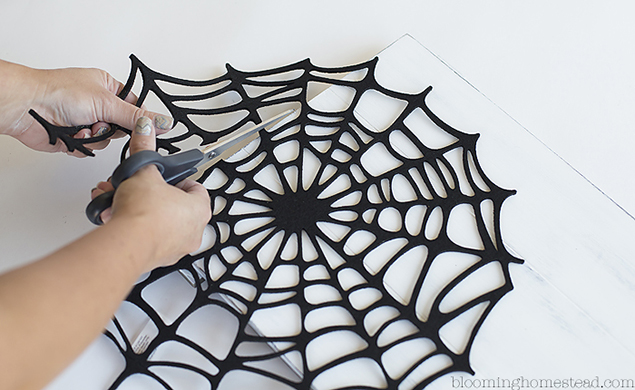 DIY Happy Halloween Sign | Halloween Decoration Ideas