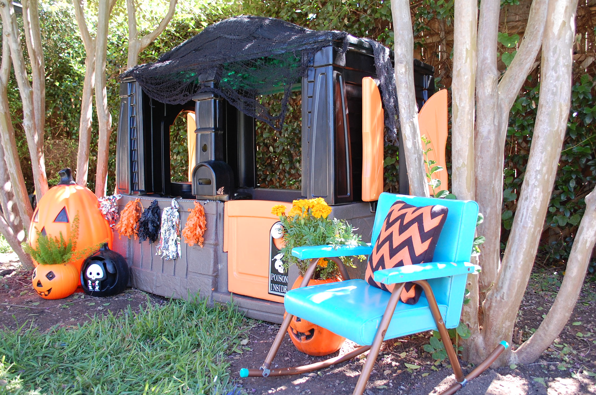 DIY Haunted Playhouse