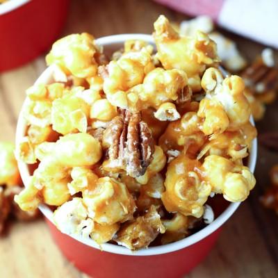 Spicy Pecan Caramel Popcorn
