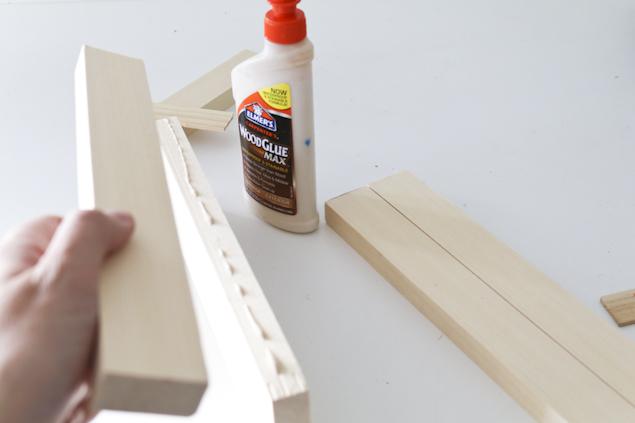 Farmhouse Style Print Holder | DIY Home Decor Ideas