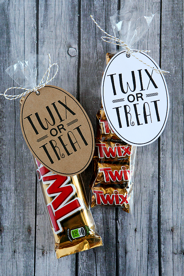 Twix or Treat | halloween party ideas