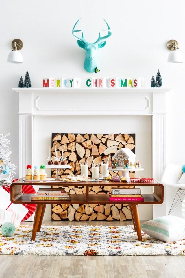 Christmas Mantels | Bright Merry Christmas Mantel by Sugar and Cloth