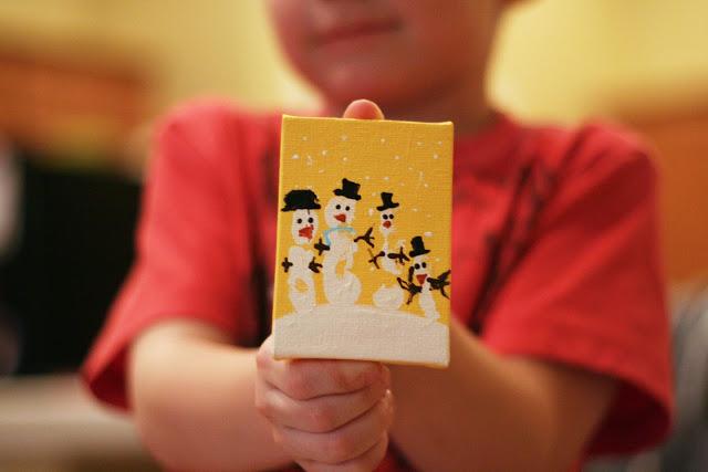Handprint Snowmen | Christmas Kids Crafts