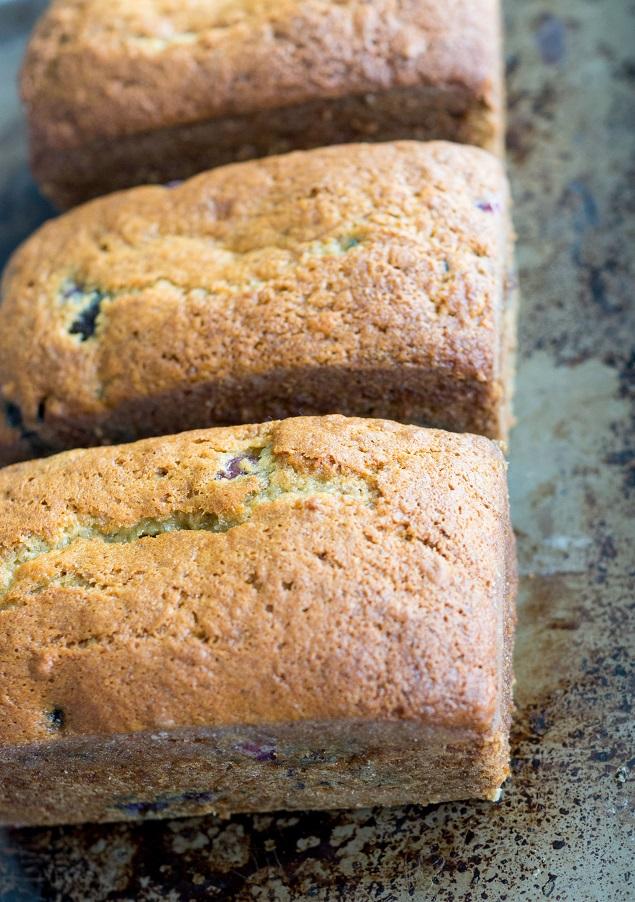 Banana Blueberry Bread   The most delicious banana bread... YUM!