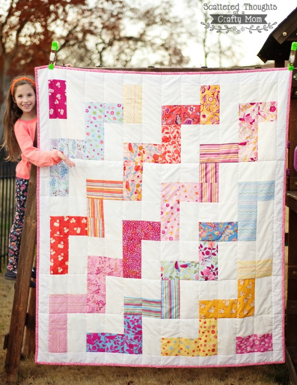 Free Zig Zag Quilt Pattern via Scattered Thoughts of a Crafty Mom