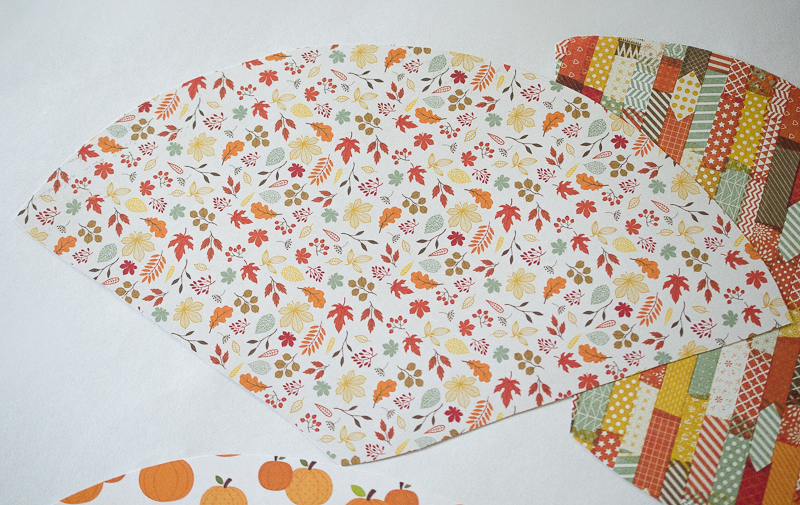 Thanksgiving Paper Cone Place Settings | Thanksgiving Crafts