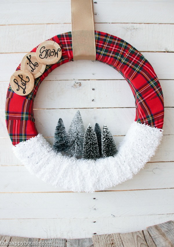"""Let it Snow"" Christmas Wreath 