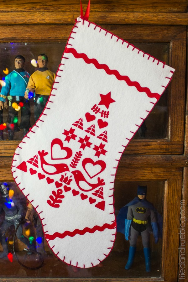 Scandi Inspired Felt Stocking | Show and Tell Link Party