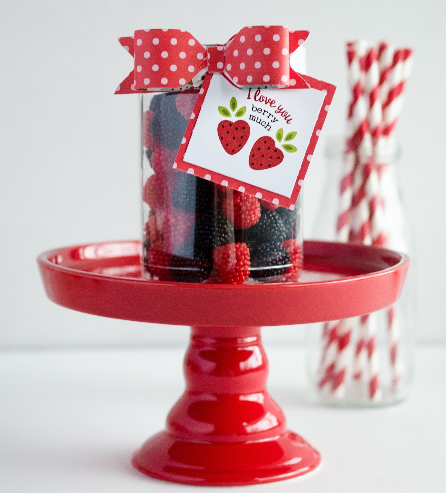 Sweet valentine gift ideas eighteen25 sweet valentine gift ideas i love you berry much negle Gallery
