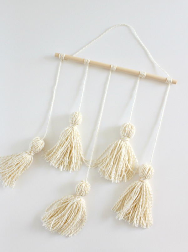 Yarn Tassel Wall Hanging via White House Crafts
