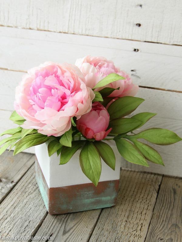 DIY Faux Copper Patina Vase Arrangement via The Happy Housie